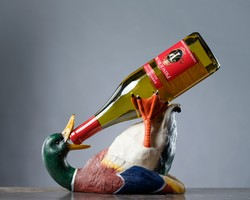 Drunkin Duck Wine Holder
